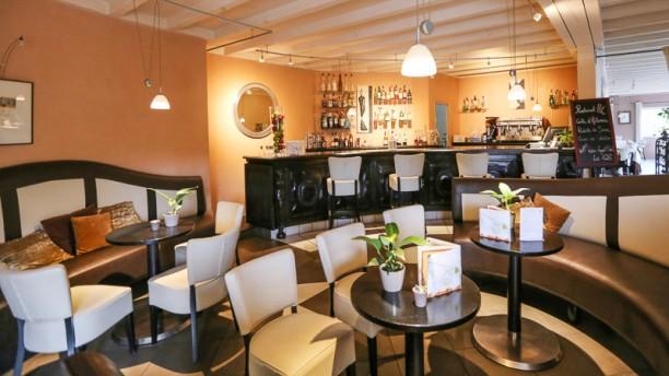 restaurants blanquefort. Black Bedroom Furniture Sets. Home Design Ideas