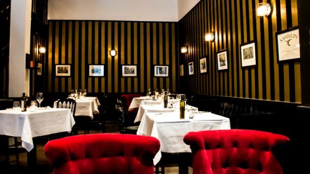 restaurant a cantina brasserie corse quartier des grands hommes bordeaux. Black Bedroom Furniture Sets. Home Design Ideas